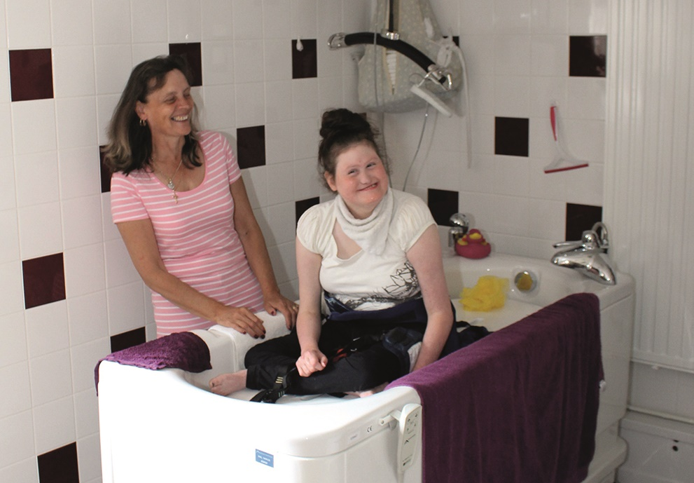 Abacus Healthcare makes bathing more enjoyable for Southampton family