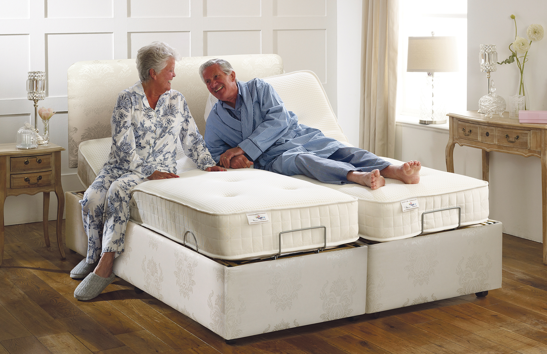 AGE UK TEAMS UP WITH THERAPOSTURE TO OFFER A NEW ADJUSTABLE BEDS RANGE